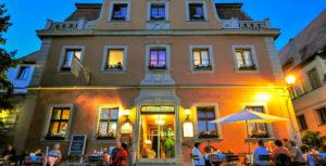 AKZENT Hotel Schranne bei Nacht