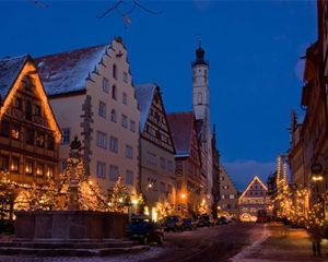Weihnachtliche Beleuchtung in Rothenburg ob der Tauber