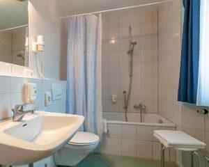 Badezimmer im AKZENT Hotel Schranne***
