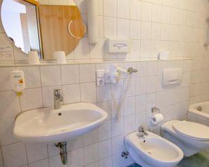 Badezimmer im AKZENT Hotel Schranne